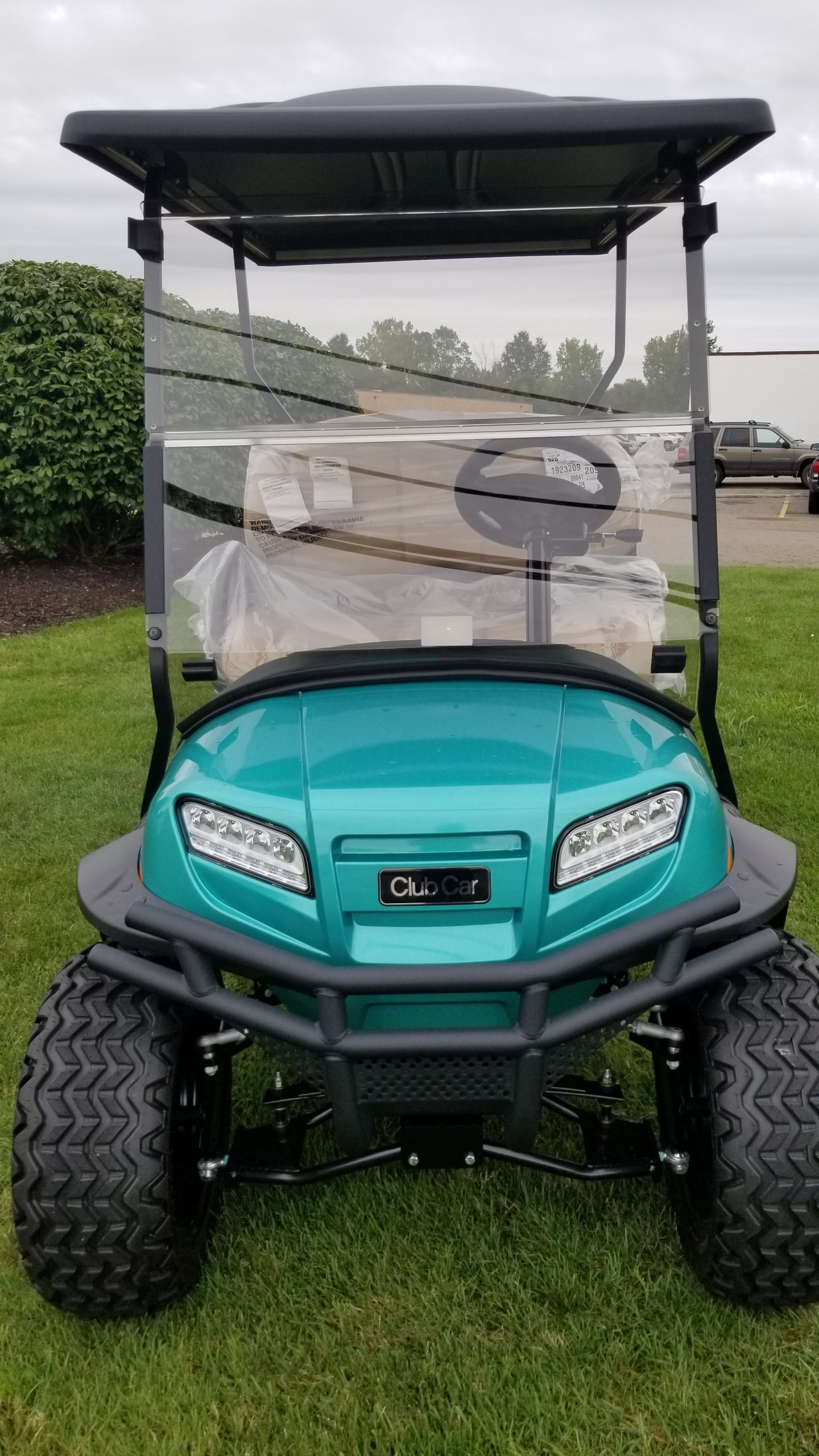 Featured Image for 2019 Club Car Onward Lifted 4 Passenger Electric