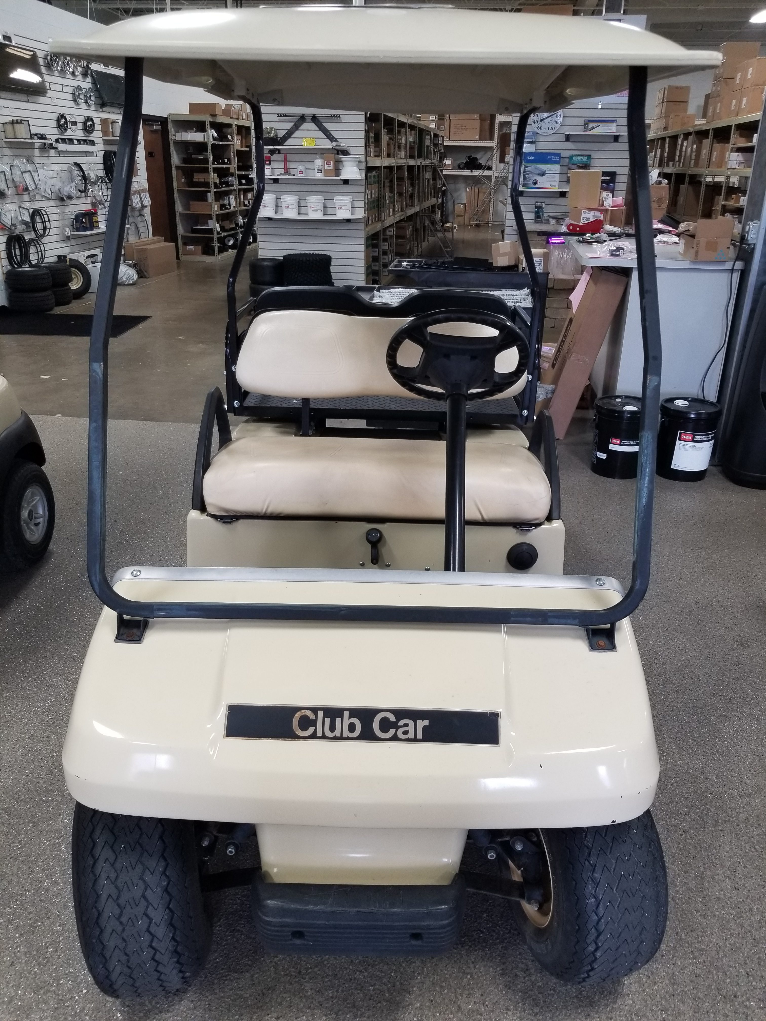 Featured Image for 2010 Club Car DS 4 Passenger Gas