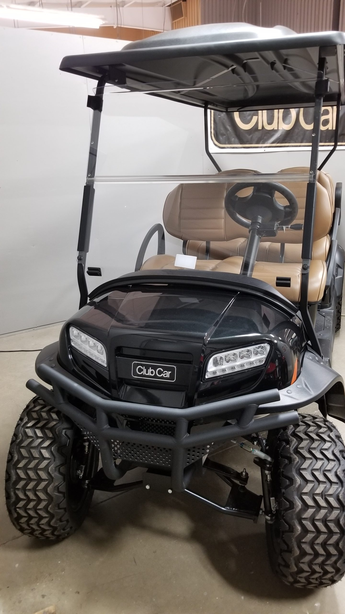 Featured Image for 2021 Club Car Onward Lifted 6 Passenger Electric