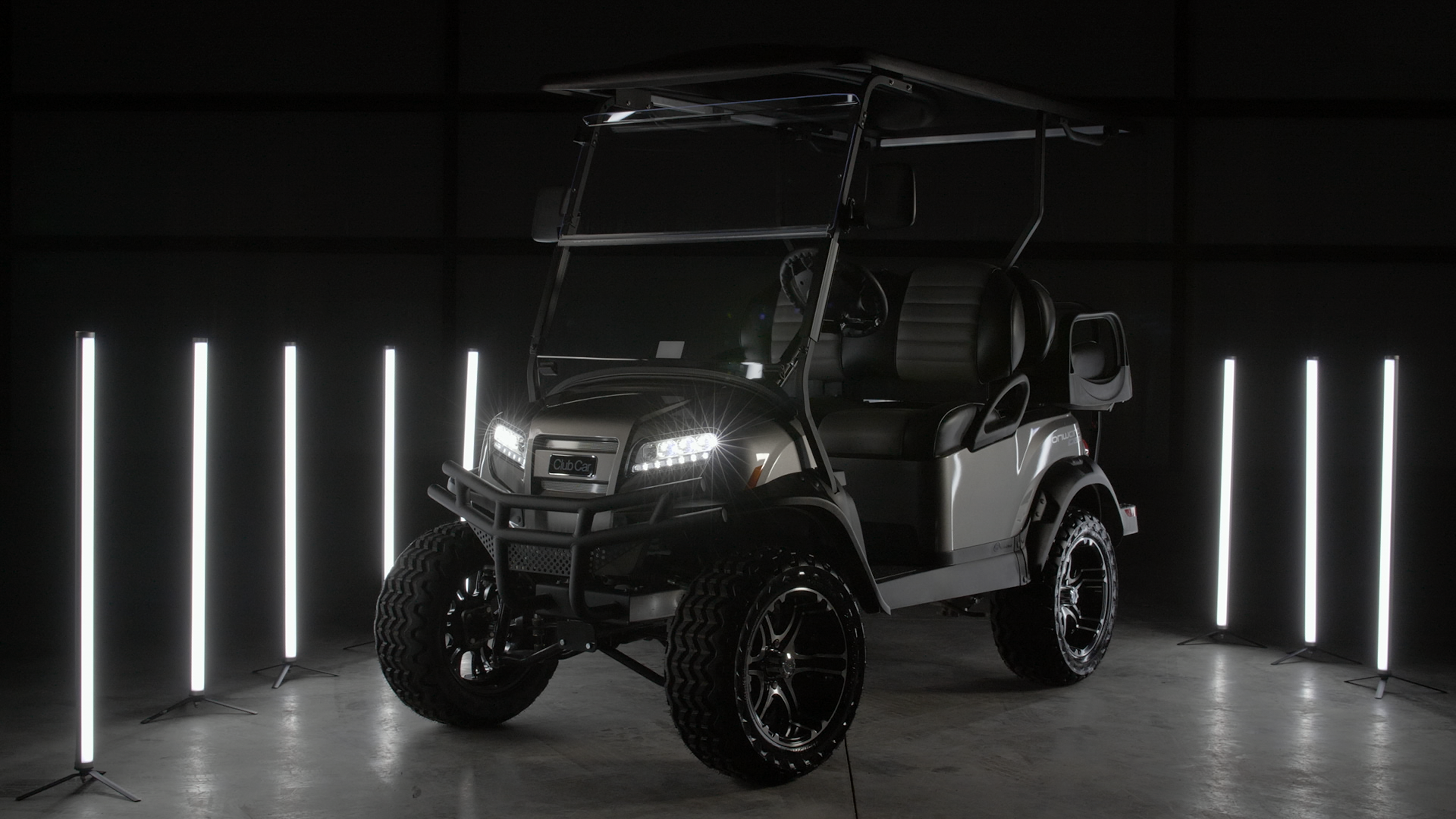 Featured Image for 2021 Club Car Onward Lifted 4 Passenger HP Electric