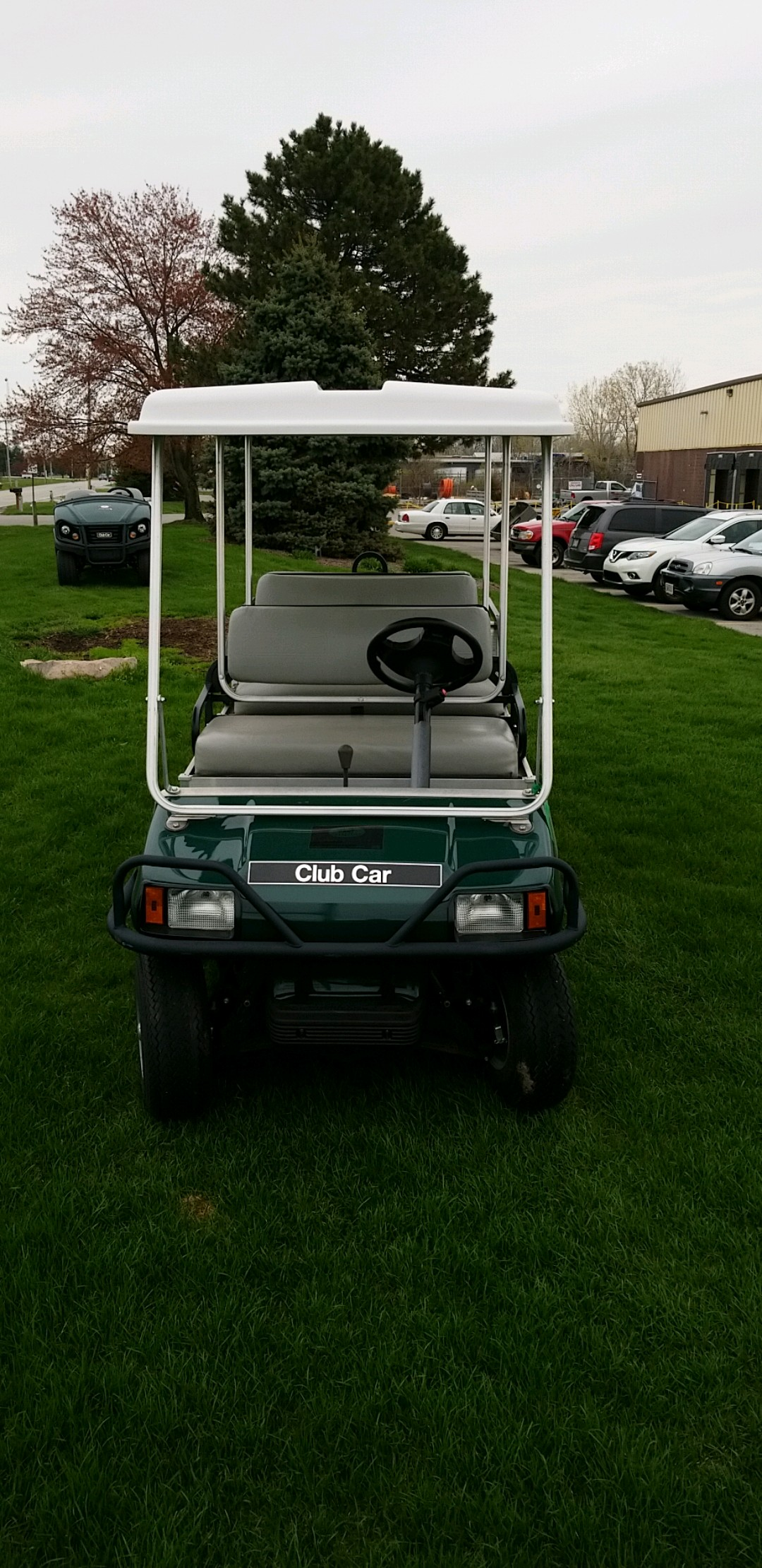 Featured Image for 2014 Club Car Transporter 6 Passenger Gas