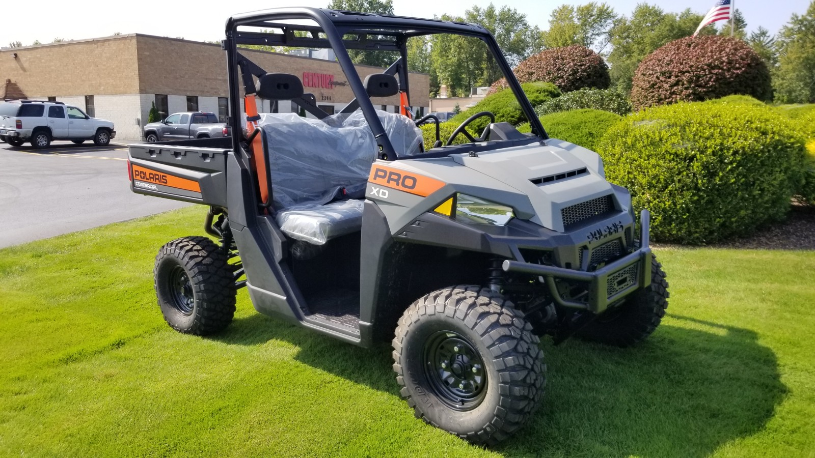 Featured Image for 2020 Polaris Pro XD AWD 2 Passenger Gas